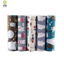 Sarga de algodón tela del remiendo de tela de tejido de dibujos animados de material hecho a mano diy acolchar costura vestido de bebé y los niños hojas 5 unids/lote(Hong Kong)