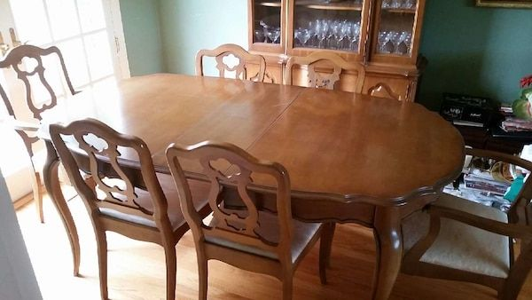 Used 1962 63 Vintage Bassett Dining Room Set For Sale In San Jose