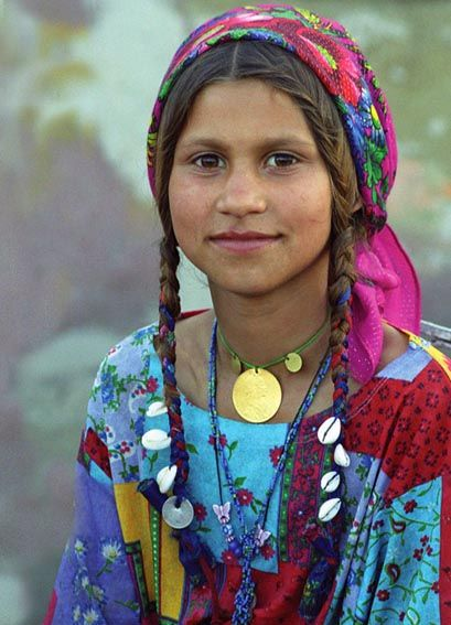Roma gypsy girl, Romania. The Roma are a truly fascinating people, with a long history and an uncertain future. / #MIZUworld