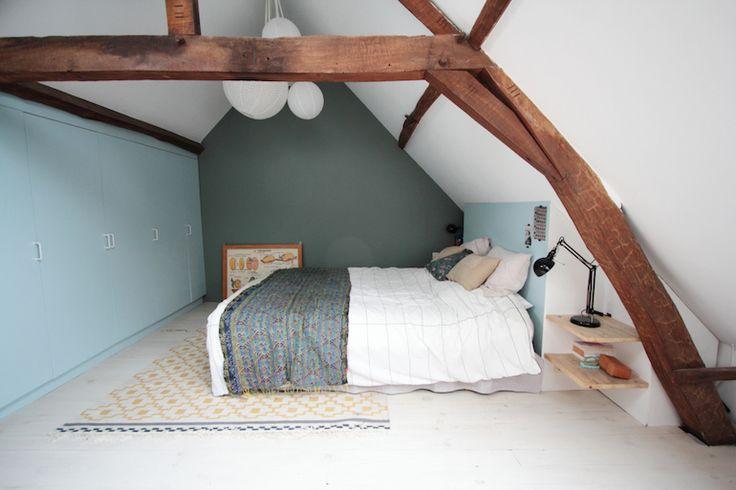 Ma maison décryptée par Carine et Anne-Sophie du blog Hello Blogzine http://hello-hello.fr/home-tour-emilie-du-blog-poligom/