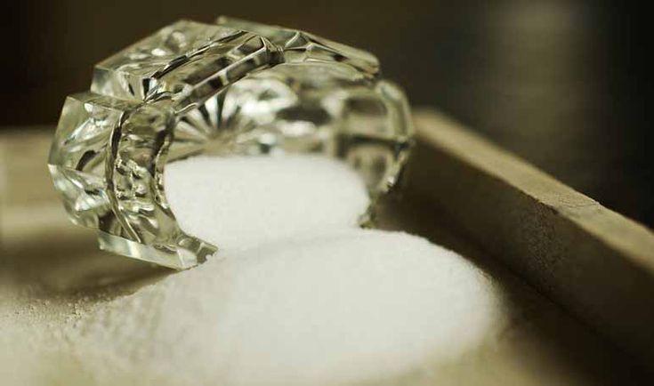 Tip casero para destapar cañerías con sal - Trucos de hogar caseros