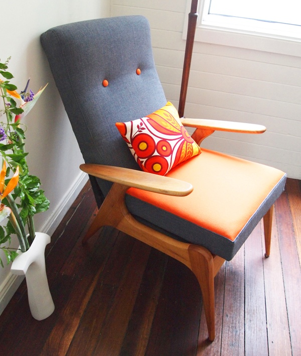The FLER SC55 is an iconic Australian TV chair designed by Fred Lowen in 1955. Reupholstered in 100% eco wool using charcoal and orange. Price:$1200