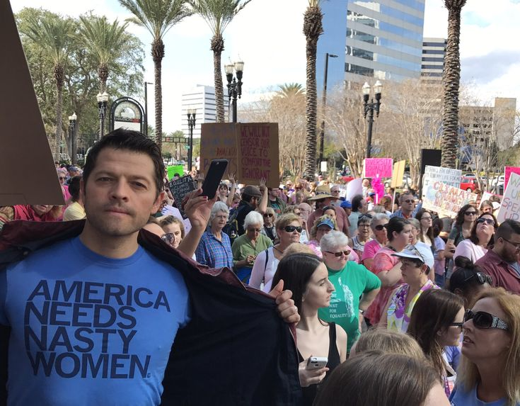 Misha Collins supporting the Women's March 01-21-2017 | via Misha's Twitter