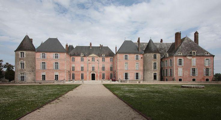 Château de Meung-sur-Loire — Wikipédia