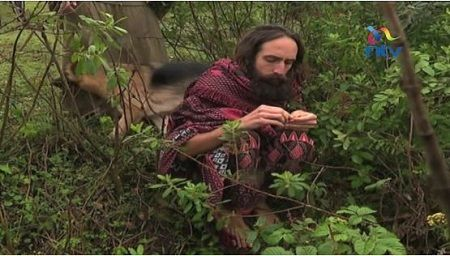 Drama As Jesus Is Caught In The Forest Eating Wild Fruits With His Wife In Kenya   The man pictured above is an Australian man fromPerth who shares a striking resemblance with the popular image Christians believe to be Jesus Christ.  Mr Daniel recently came to Kenya on a tourist visitand ended up causing a stir after many people besieged him thinking he was the biblical Jesus.  But the man has time and again said he is nowhere near the Messiah and insists he only shares the name with the…