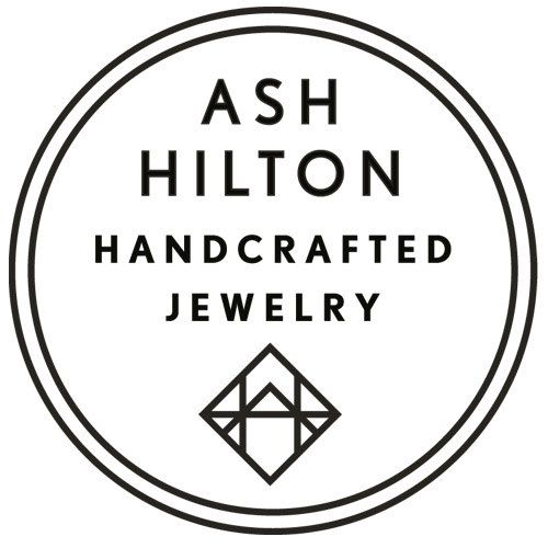 Durchstöbere einzigartige Artikel von ashhilton auf Etsy, einem weltweiten Marktplatz für handgefertigte, Vintage- und kreative Waren.