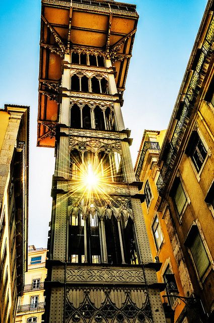 St Justa lift in Lisbon, #Portugal, where you enjoy over than 2000 hours of sunshine per year.
