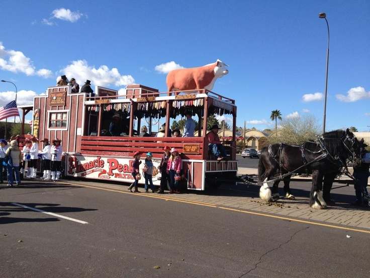 The Pinnacle Peak Patio Steakhouse Parade Float Was Pulled By 4 Draft  Horses In The Parada