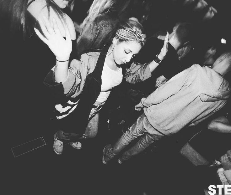 Wochenende. Endlich normale Menschen #stereobielefeld #bielefeld #wirmachen1party #kommdisko