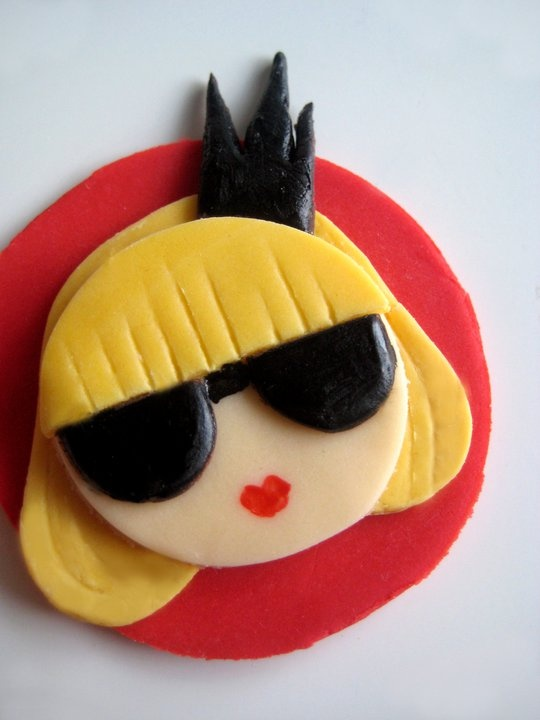 lady gaga cupcakes  www.thechubbybunny.ca