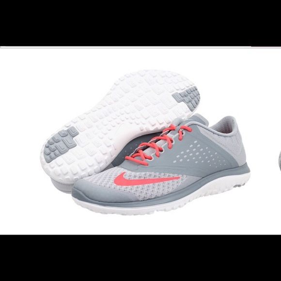 New nike shoes New nike running shoes.. Better price by Ⓜ️️ without box Nike Shoes