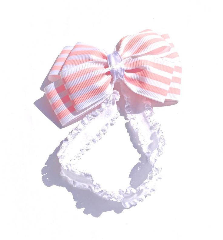 Pinwheel Bow for newborn. Price C$8. Custom orders accepted. Please email for orders mycutepotato@gmail.com  #headbands #babyheadbands #babybows #baby #babygirl #newborn #canada #madeincanada #handmadewithlove #vancity #vancouver #handmadeincanada #pinwheelbow #mycutepotato #bow #babypink #toronto #torontofashion #vancouverfashion