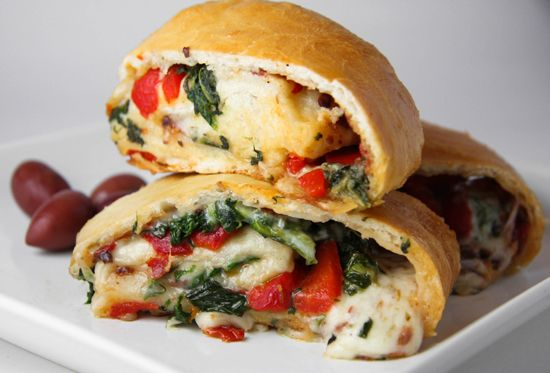 StromboliChees Stromboli, Vegetarian Food, Veggies Cheesestromboli, Stromboli Recipe, Vegetarian Recipe, Wine Bottle, Cheese Stromboli, Veggies Stromboli, Favorite Recipe