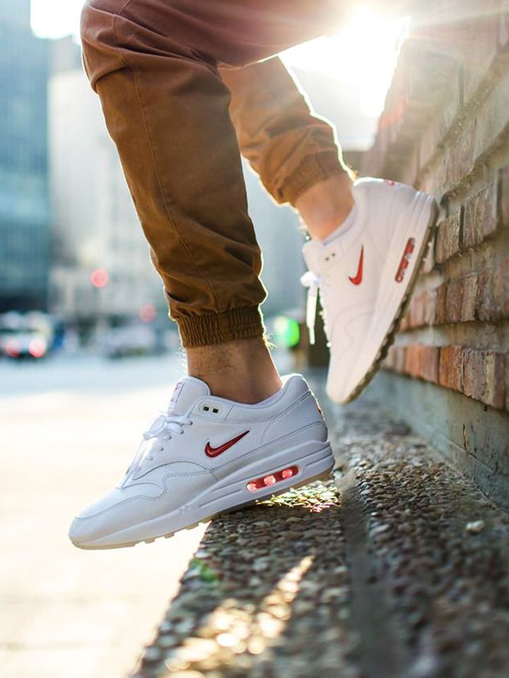 Nike Air Max 1 Jewel  Rare Ruby  - 2017 (by shurkicks) Sole Trees makes  shoe trees designed solely for the makeup of tennis shoes  Shoetrees   SoleTrees   ... f9e38215d