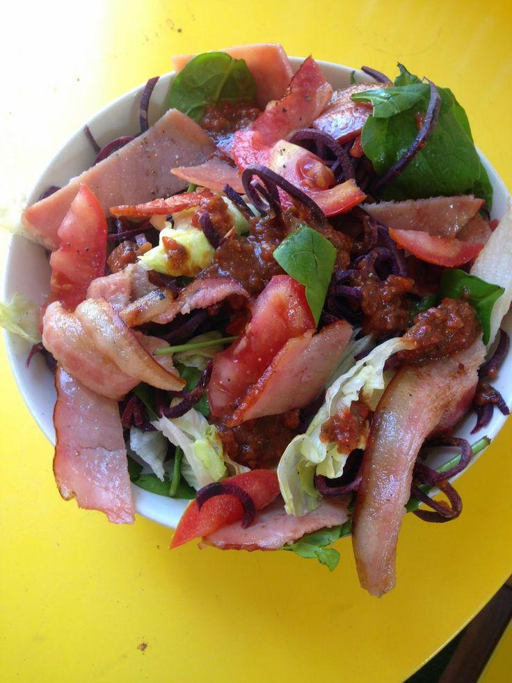 Healthy BLT salad bowl from Natalie Carter Talks Fitness