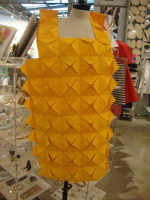 Abito origami di Junya Watanabe http://lefotodiluisella.blogspot.it/