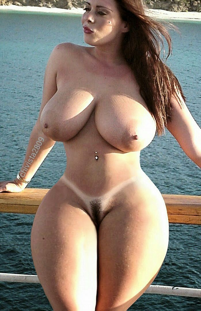 sexy nude girl big boobs wide hips