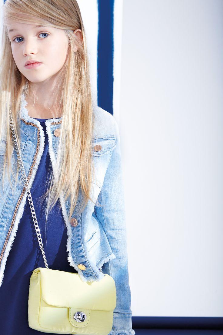 Elsy Girl Tra Le Righe Girl Style Pinterest Aurora Abbigliamento E Vestiti