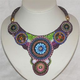 Bead Embroidery Collier Royal - Recycling Art - Beadworthy