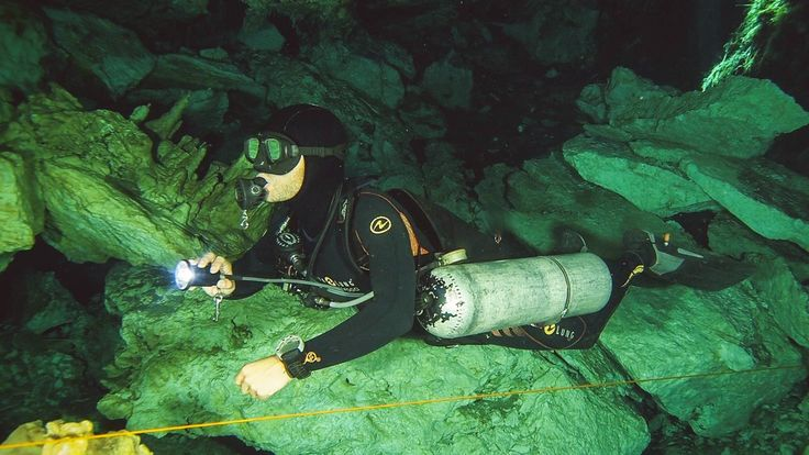 Camilo Garcia Sidemount Cavern Diving in Cenotes near Playa Del Carmen, Mexico. www.diversunderground.com