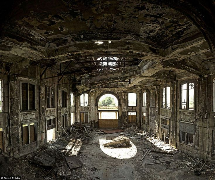 The interior of the Union Station, Gary, Indiana - Left to rot for over 50 years, the Union Station was used as an example of what would happen to a Chicago building if no people were around to tend to its upkeep in the series 'Life After People'.