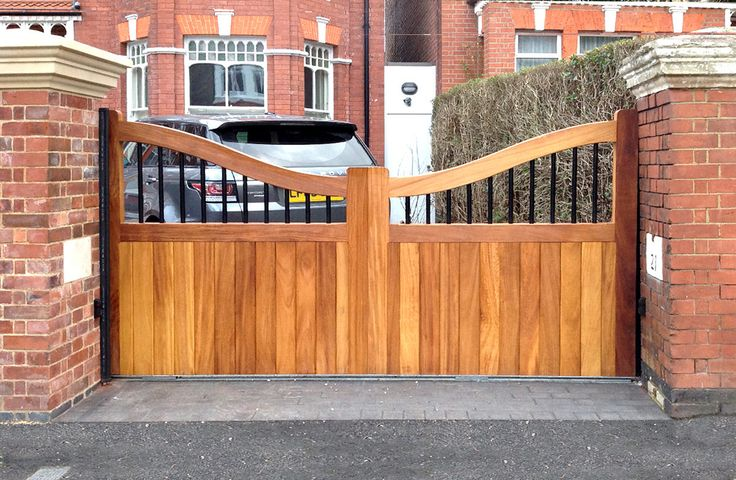 Electric Wooden Automated Gates