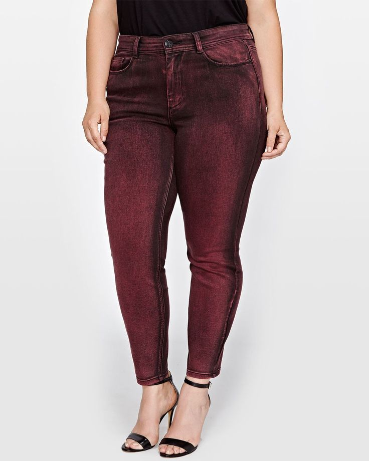 Give yourself legs for days with our super popular plus size skinny jean. The skinny has been a denim staple for years and is showing no signs of slowing down! <br /><br />Fit & cut<br />- Stretch denim fabric<br />- Regular rise<br />- Sits at the hips<br />- 29 inch inseam<br /><br />Design details<br />- Red-black color<br /><br />About Love & Legend<br /...