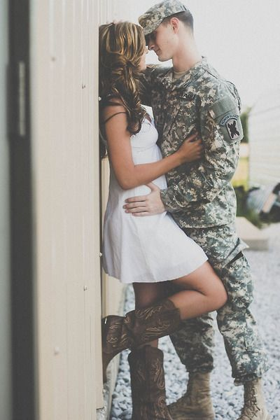 Army couple photography