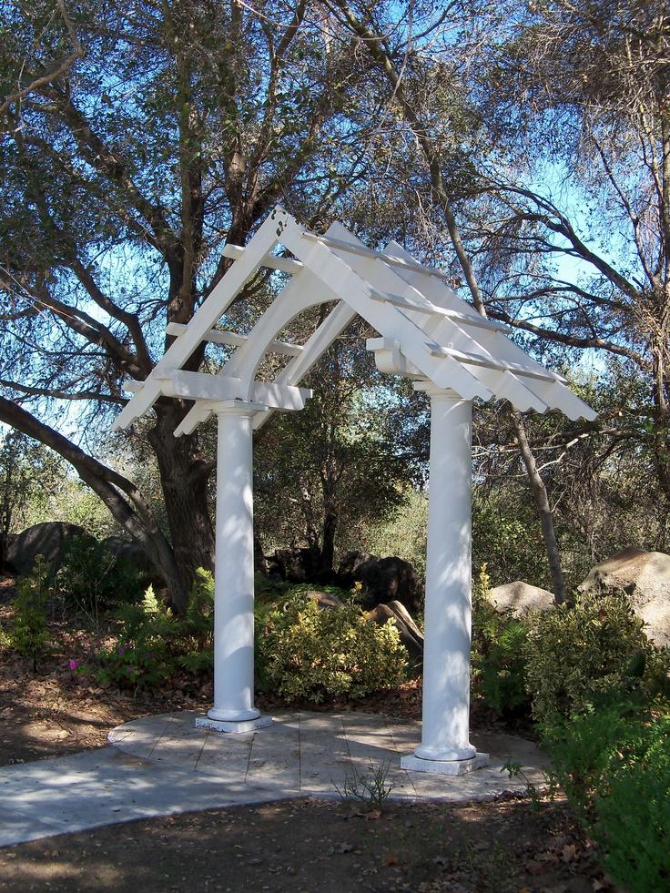 The wedding gazebo at felicita county park a beautiful for Beautiful places for a wedding