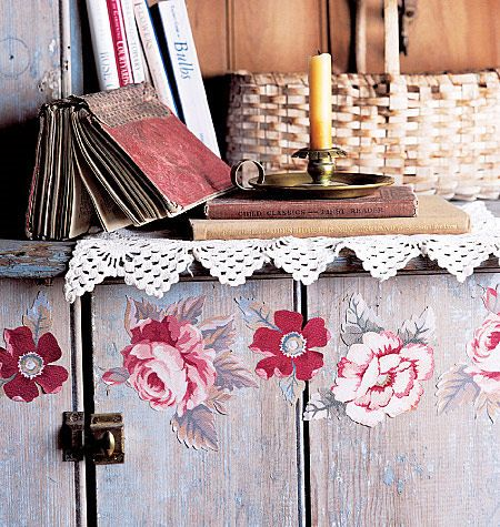 Wallies Antique Roses Cutouts
