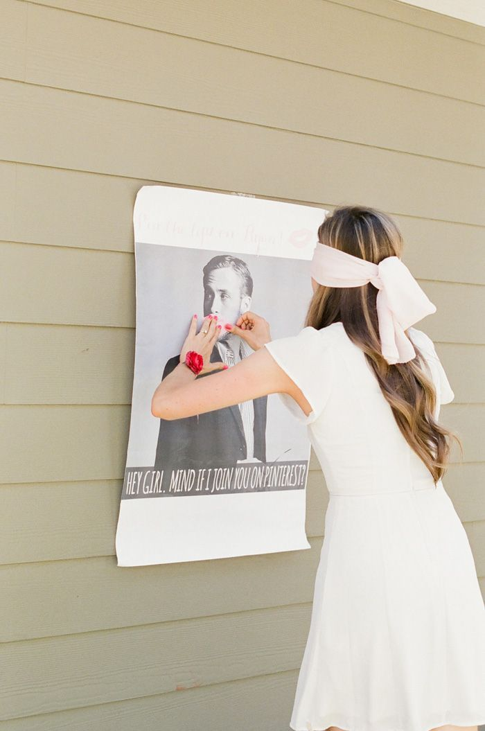 "Can we PLEASE do ""Pin the lips on Ryan Reynolds""? lol - 10 unique bridal shower ideas that bring the fun factor! - Wedding Party"