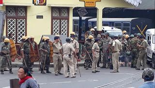Following Todays Unrest Centre Rushes 400 More Paramilitary To Darjeeling Hills Total 1400   The Centre today rushed 400 additional paramilitary personnel to Darjeeling taking the total number to 1400 to assist the local administration there to restore peace and normalcy.  As many as 400 paramilitary personnel were sent to Darjeeling to help the state government on their request to maintain law and order a home ministry official said.  Around 1000 personnel including 200 women have already…
