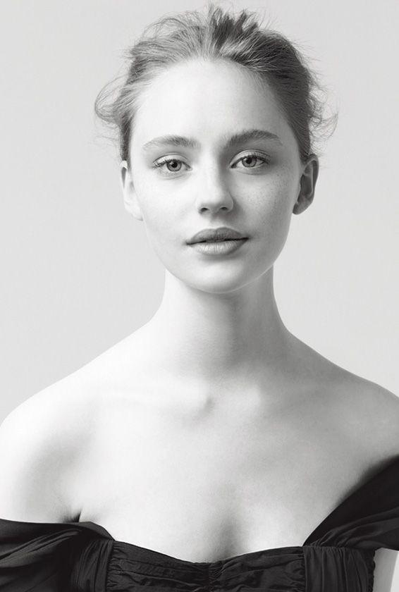 Brynja Jonbjarnardottir - A photo from #Carven perfume advertisement. #models, #perfume and so on