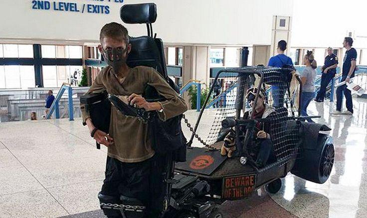 Ver Convierte su silla de ruedas en un épico disfraz de Mad Max