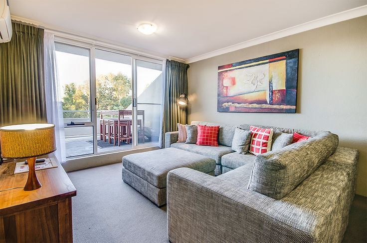 The Executive Lounge at Rydges Horizons Snowy Mountains.