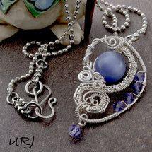 Errata  wire wrapped Necklace