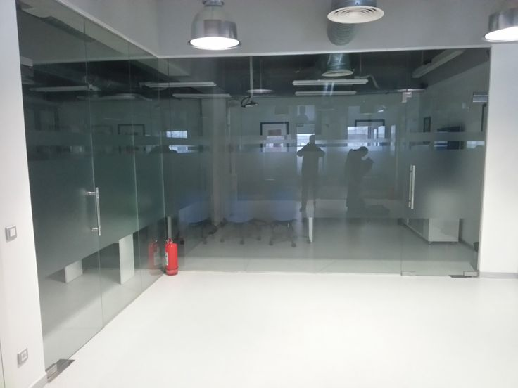 Compartimentari birouri din sticla KANAL D