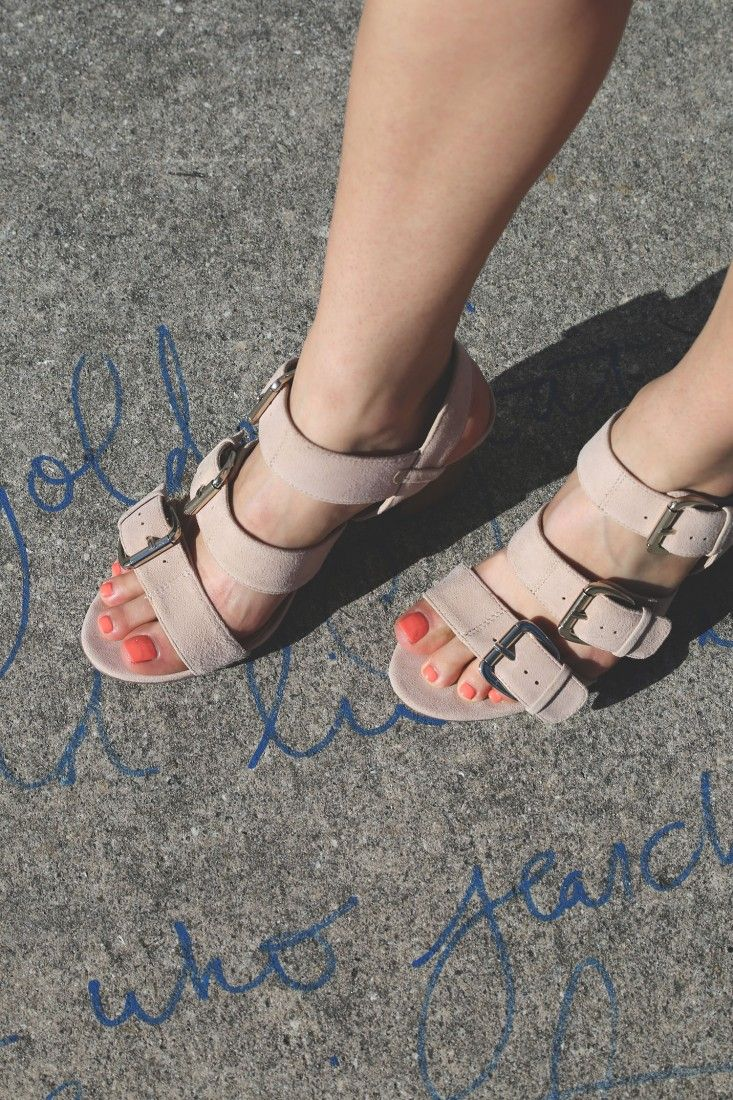 Love the way my bright toe nail polish pops against these neutral colored Sole Society sandals.