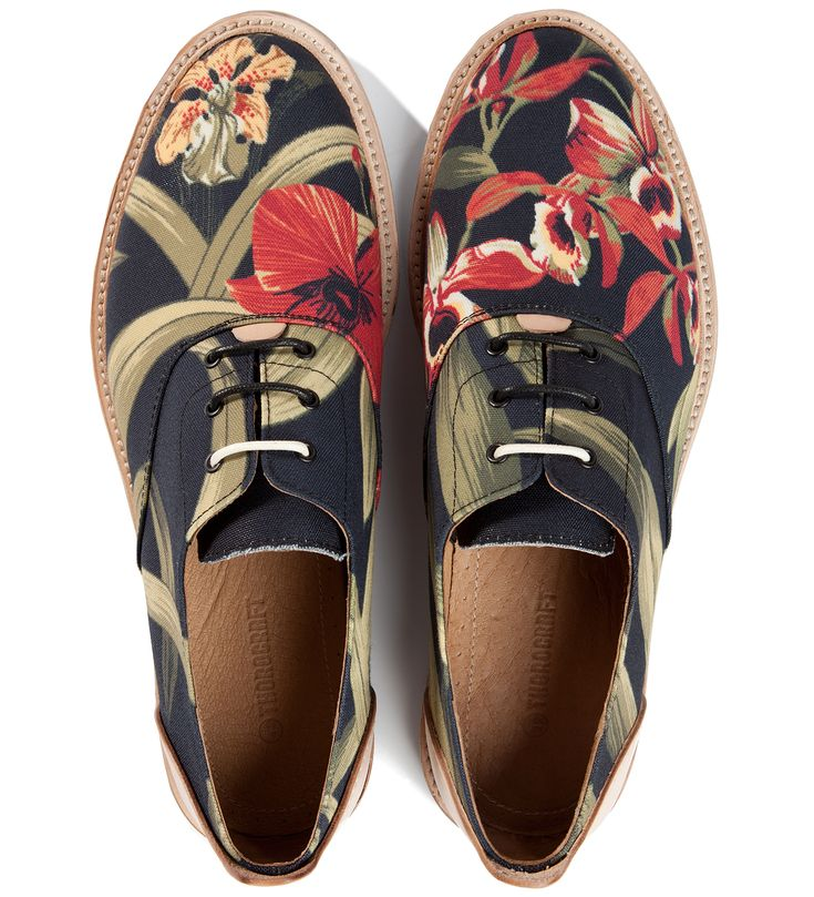 Thorocraft Floral Hampton Shoe. These are amazing, and definitely belong in Hawaii!!!