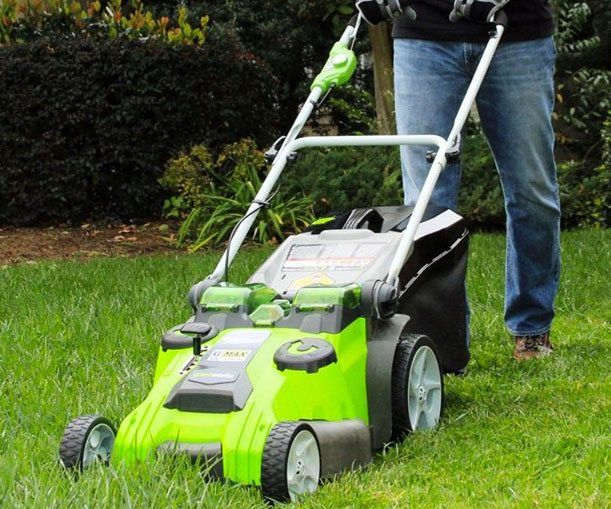 Battery Powered Lawn Mower - https://tiwib.co/battery-powered-lawn-mower/ #YardGarden #gifts #giftideas #2017giftideas #xmas