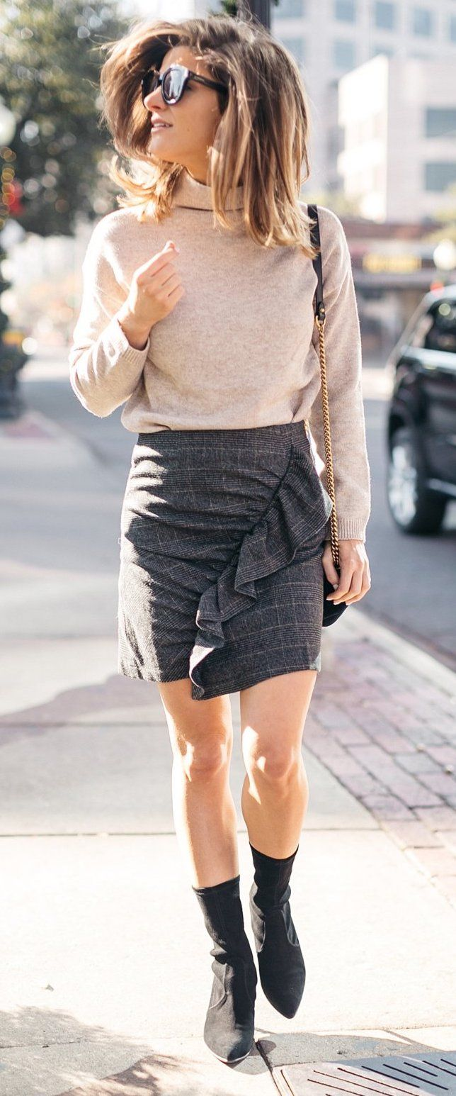 perfect snappy casual outfit for fall