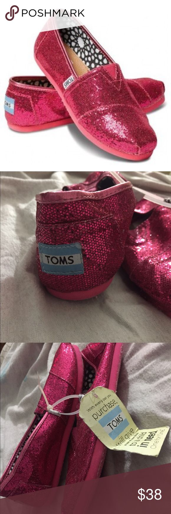 New Youth 5.5 pink glitter TOMS Youth 5.5 pink glitter TOMS, new with tag TOMS Shoes Slippers