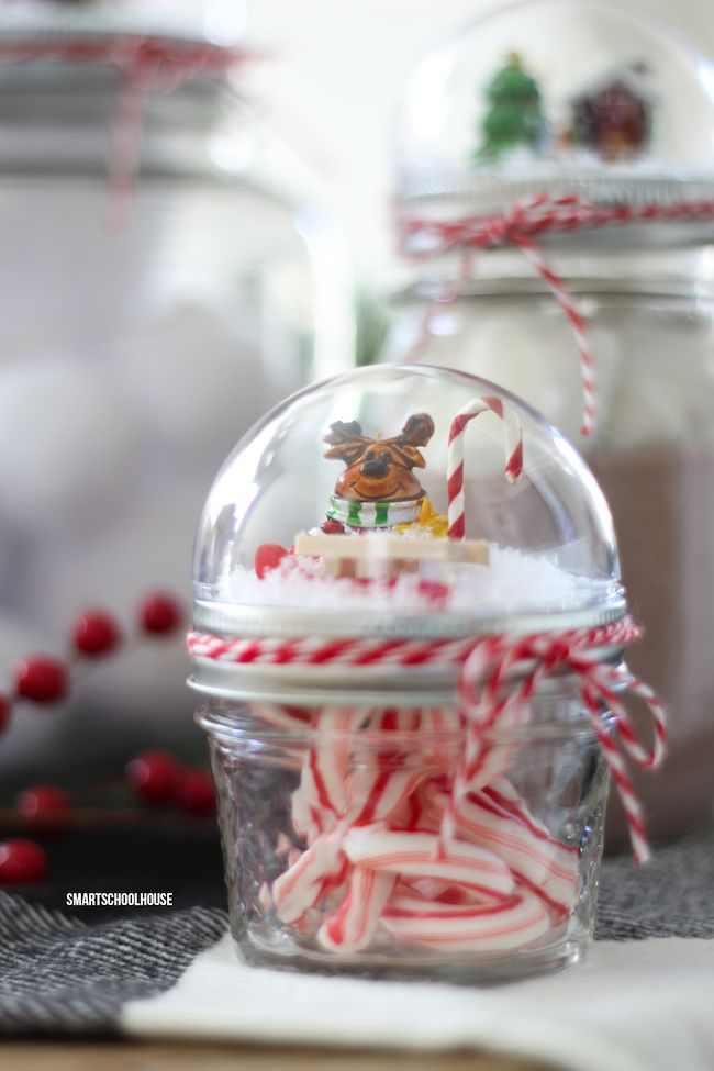 How To Make A Mason Jar Lid Snow Globe For Christmas Using