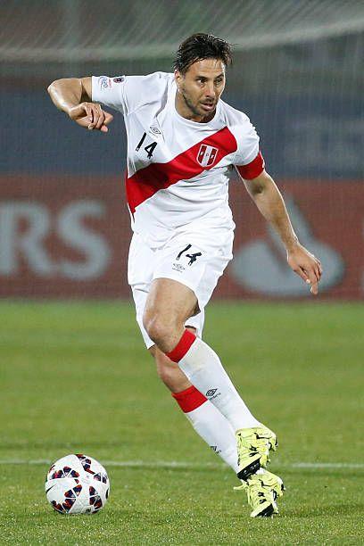 Claudio Pizarro, del Perú, Grupo C de la Copa América Chile 2015 entre Perú y Venezuela en el estadio Elías Figueroa Brander ...
