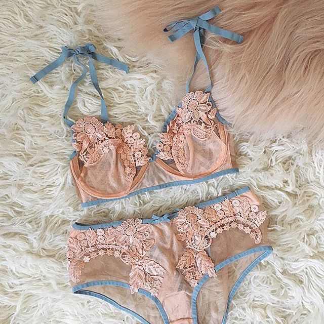 The chevron lace on the Elle set was made using a hammered technique, designed to add texture, dimension, and a little bit of shine to fabrics ✨ #MidsummerMirage  Shop the Elle Underwire Bra & Elle Hi-Waist Panty with link in bio | #ForLoveandLemons