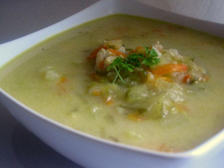 Zupa ogórkowa (pyszna)