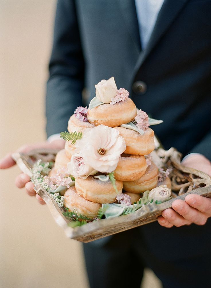 romantic-rooftop-elopement-inspiration-in-florence-23 | Ruffled