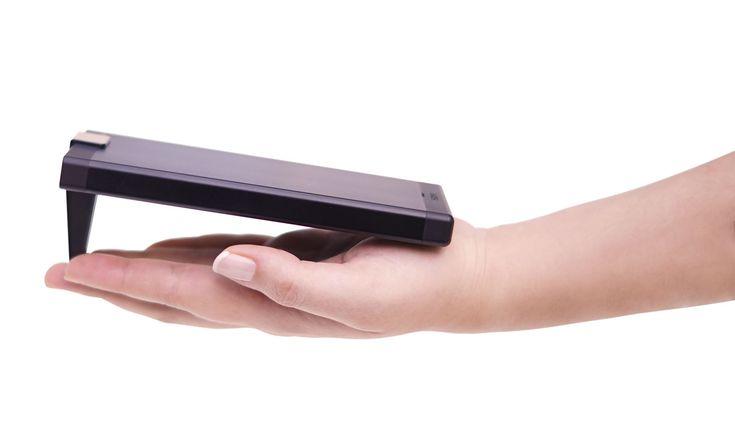 Sony Argentina lanza un proyector portátil con resolución HD - http://www.tecnogaming.com/2015/11/sony-argentina-lanza-un-proyector-portatil-con-resolucion-hd/