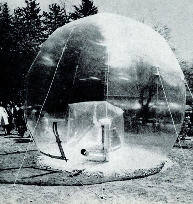 Walter Pichler - pneumatic design, a transparent inflatable sculpture