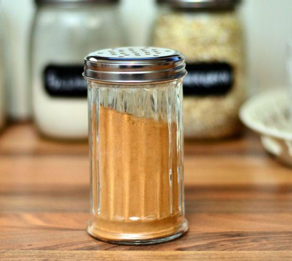 Sukkerfrie og saftige kanelsnurrer laget på under 20 minutter! (Bakekona)